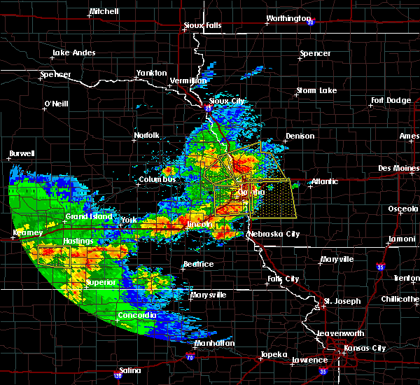 Radar Image for Severe Thunderstorms near Moorhead, IA at 5/16/2017 6:54 PM CDT
