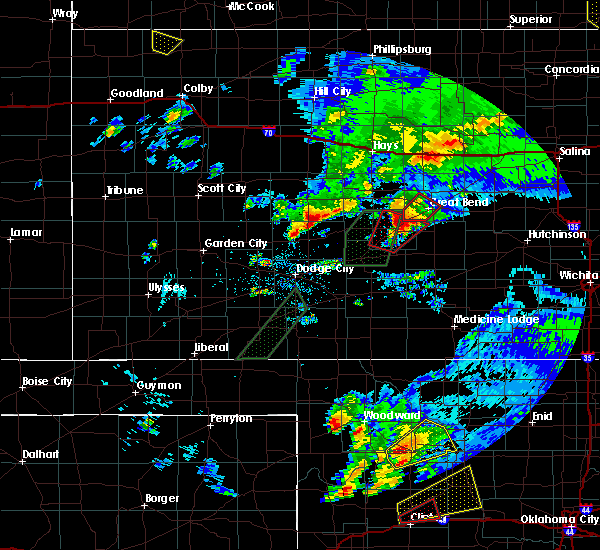 Radar Image for Severe Thunderstorms near Great Bend, KS at 5/16/2017 8:06 PM CDT