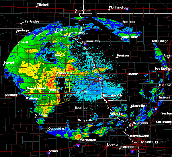 Radar Image for Severe Thunderstorms near Rising City, NE at 5/17/2017 2:13 AM CDT