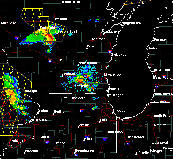 Radar Image for Severe Thunderstorms near Whitewater, WI at 5/17/2017 7:08 PM CDT
