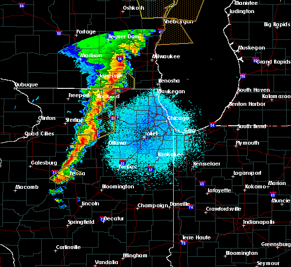 Radar Image for Severe Thunderstorms near Rockford, IL at 5/17/2017 10:32 PM CDT