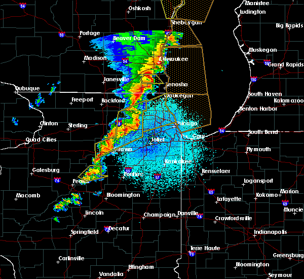 Radar Image for Severe Thunderstorms near Evanston, IL at 5/17/2017 11:16 PM CDT