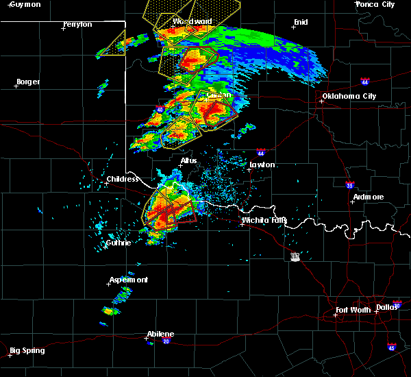 Radar Image for Severe Thunderstorms near Vernon, TX at 5/18/2017 3:46 PM CDT