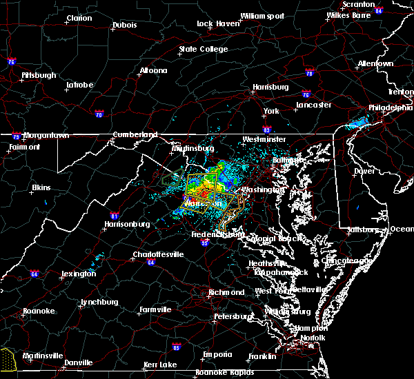 Radar Image for Severe Thunderstorms near Vienna, VA at 5/18/2017 7:44 PM EDT