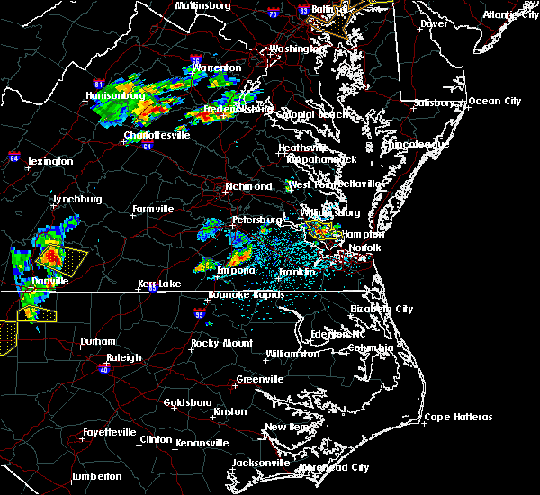 Radar Image for Severe Thunderstorms near Newport News, VA at 5/19/2017 4:33 PM EDT