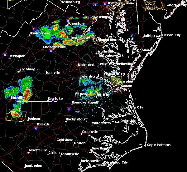Radar Image for Severe Thunderstorms near Yorktown, VA at 5/19/2017 5:06 PM EDT