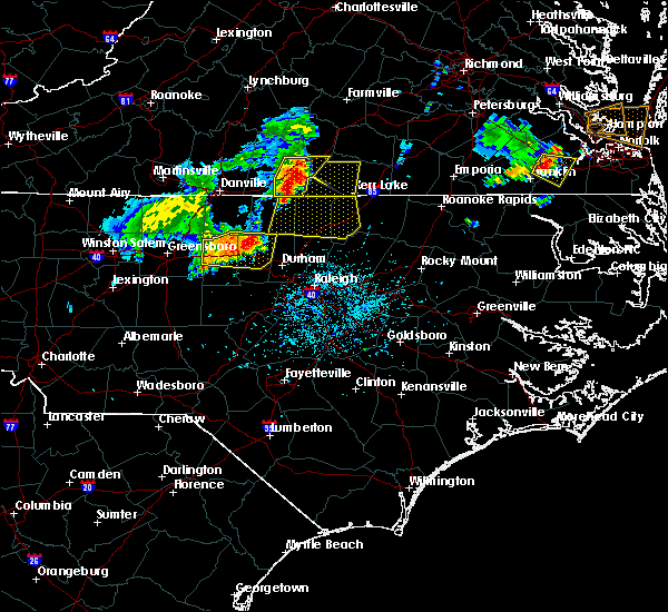 Radar Image for Severe Thunderstorms near Kittrell, NC at 5/19/2017 5:23 PM EDT