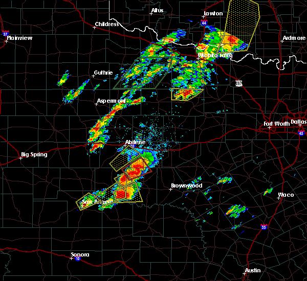 Radar Image for Severe Thunderstorms near Olney, TX at 5/19/2017 5:14 PM CDT