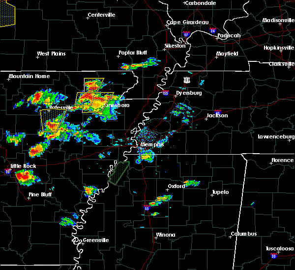 Radar Image for Severe Thunderstorms near Delaplaine, AR at 5/19/2017 5:54 PM CDT