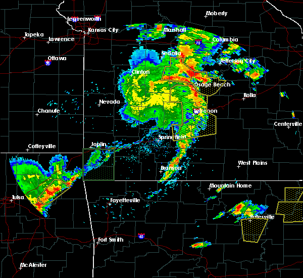Radar Image for Severe Thunderstorms near Iberia, MO at 5/19/2017 5:54 PM CDT