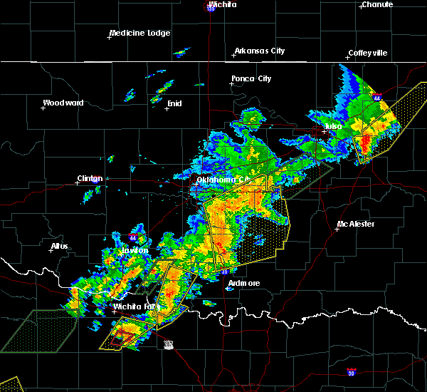 Radar Image for Severe Thunderstorms near Prague, OK at 5/19/2017 6:17 PM CDT