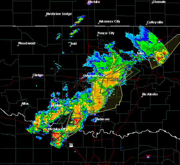 Radar Image for Severe Thunderstorms near Prague, OK at 5/19/2017 6:33 PM CDT
