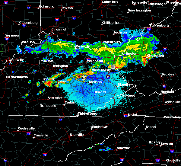 Radar Image for Severe Thunderstorms near Campton, KY at 5/19/2017 9:29 PM EDT