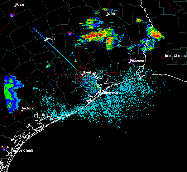 Radar Image for Severe Thunderstorms near Seven Oaks, TX at 5/20/2017 5:34 PM CDT
