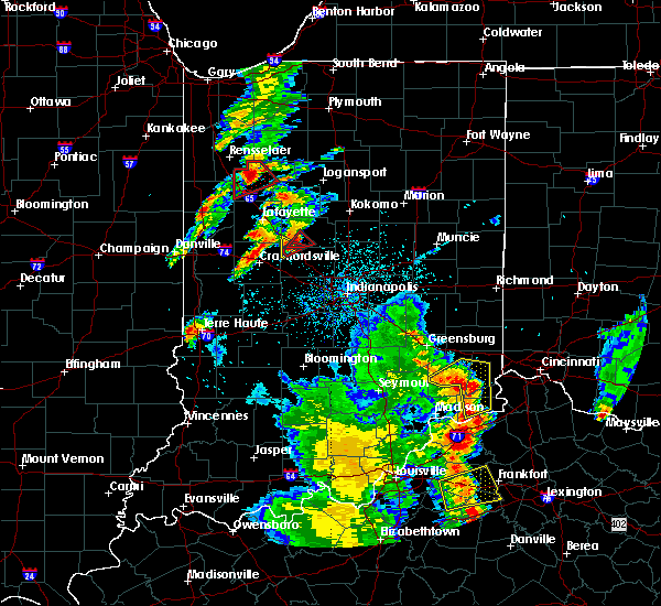 Radar Image for Severe Thunderstorms near Frankfort, IN at 5/20/2017 7:59 PM EDT