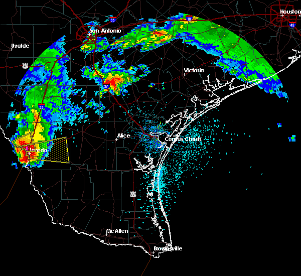 Radar Image for Severe Thunderstorms near Laredo Ranchettes, TX at 5/21/2017 4:41 PM CDT