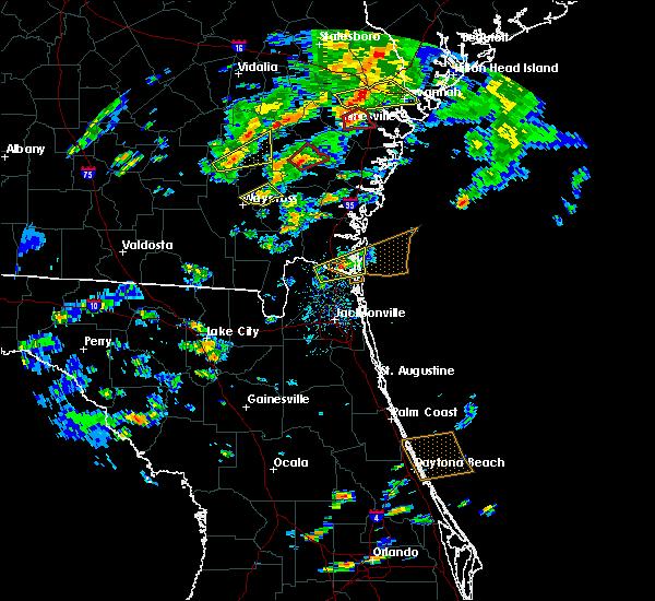 Radar Image for Severe Thunderstorms near Jesup, GA at 5/23/2017 5:05 PM EDT