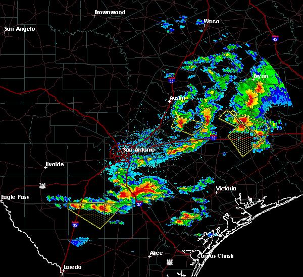 Radar Image for Severe Thunderstorms near Lockhart, TX at 5/23/2017 6:35 PM CDT