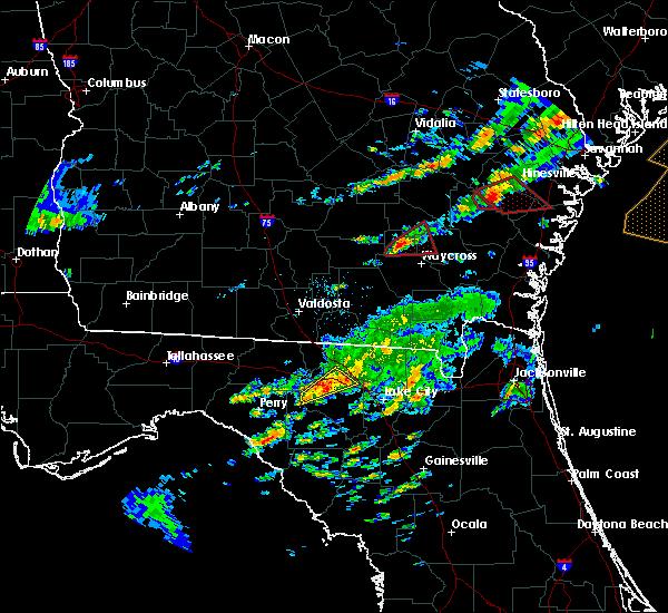 Radar Image for Severe Thunderstorms near Live Oak, FL at 5/23/2017 8:00 PM EDT