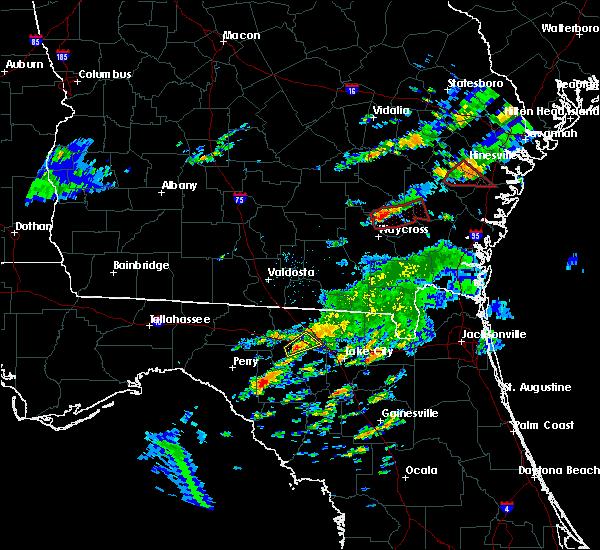 Radar Image for Severe Thunderstorms near Live Oak, FL at 5/23/2017 8:22 PM EDT