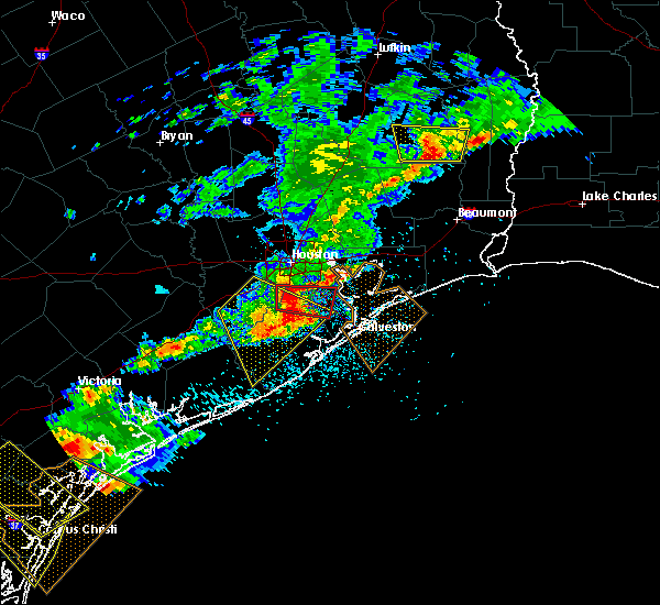 Radar Image for Severe Thunderstorms near Pasadena, TX at 5/23/2017 8:04 PM CDT