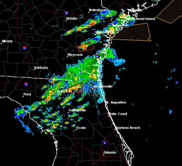 Radar Image for Severe Thunderstorms near Glen St. Mary, FL at 5/23/2017 9:06 PM EDT