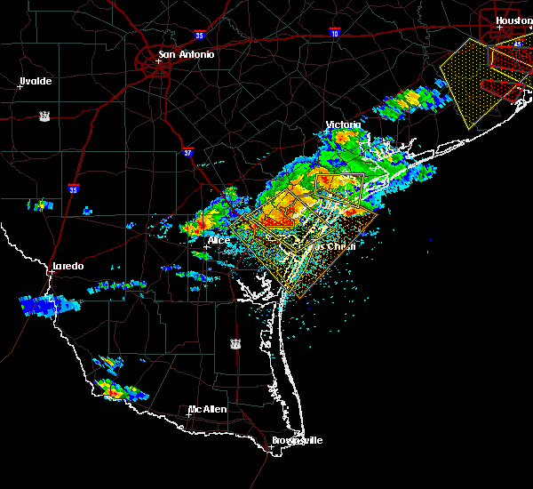 Radar Image for Severe Thunderstorms near Corpus Christi, TX at 5/23/2017 8:10 PM CDT