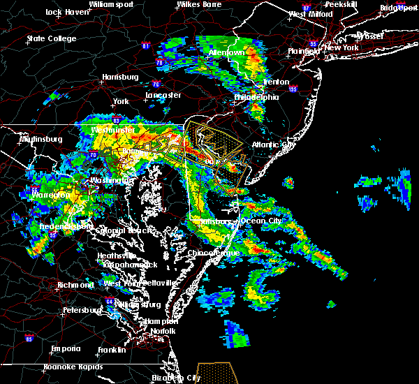 Radar Image for Severe Thunderstorms near Dover, DE at 5/25/2017 8:02 PM EDT