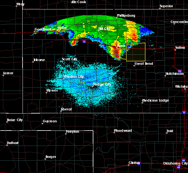 Radar Image for Severe Thunderstorms near Hoisington, KS at 5/27/2017 3:20 AM CDT