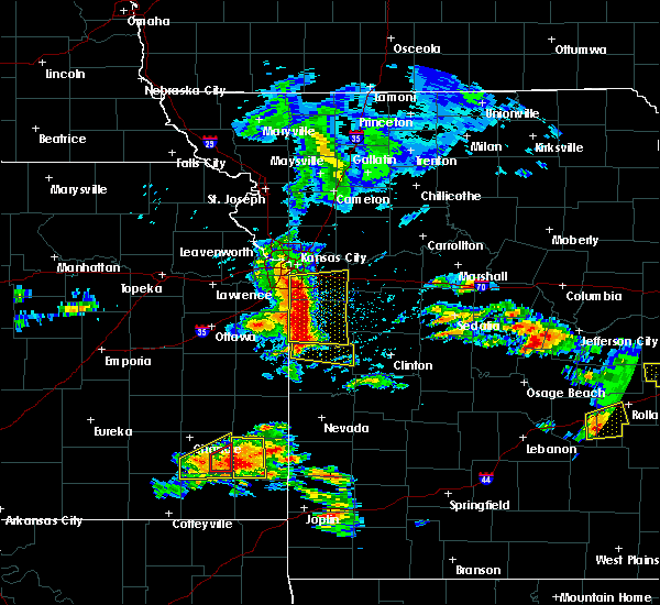Radar Image for Severe Thunderstorms near Adrian, MO at 5/27/2017 12:34 PM CDT
