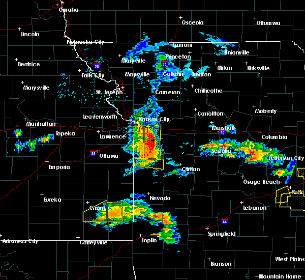 Radar Image for Severe Thunderstorms near Adrian, MO at 5/27/2017 12:47 PM CDT
