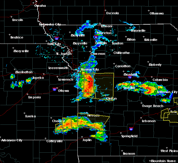 Radar Image for Severe Thunderstorms near Deepwater, MO at 5/27/2017 12:53 PM CDT