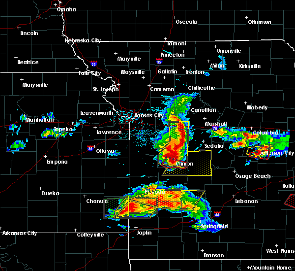Radar Image for Severe Thunderstorms near Warsaw, MO at 5/27/2017 1:33 PM CDT