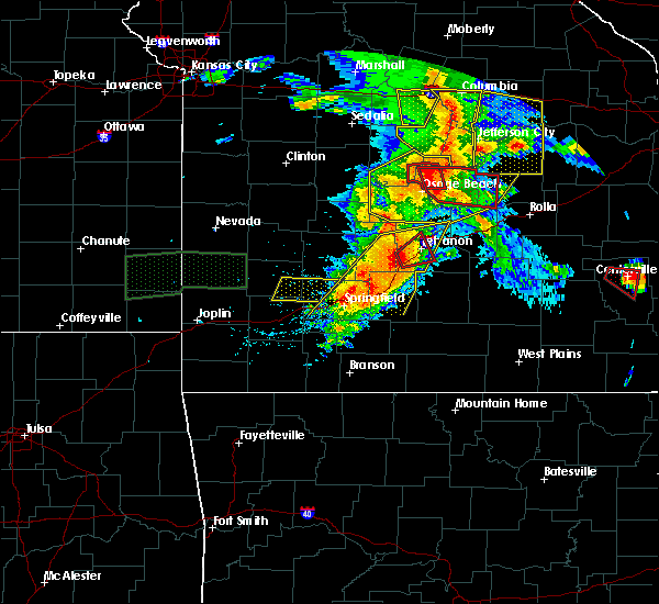 Radar Image for Severe Thunderstorms near Iberia, MO at 5/27/2017 3:00 PM CDT