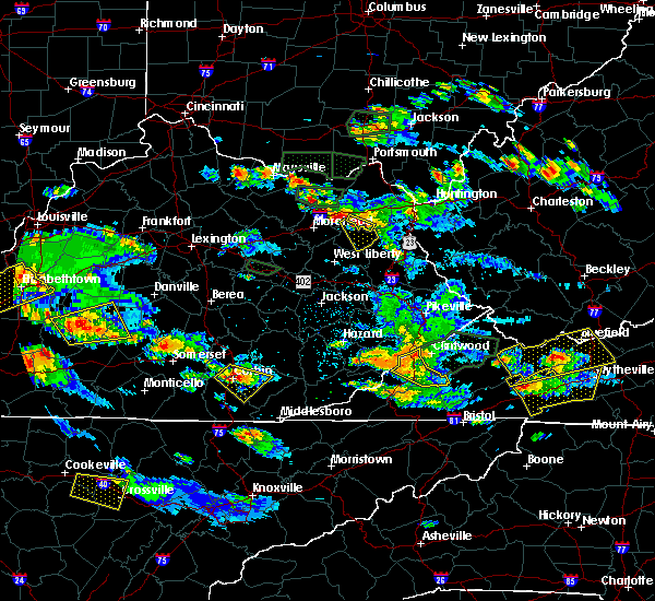 Radar Image for Severe Thunderstorms near Barbourville, KY at 5/27/2017 6:47 PM EDT