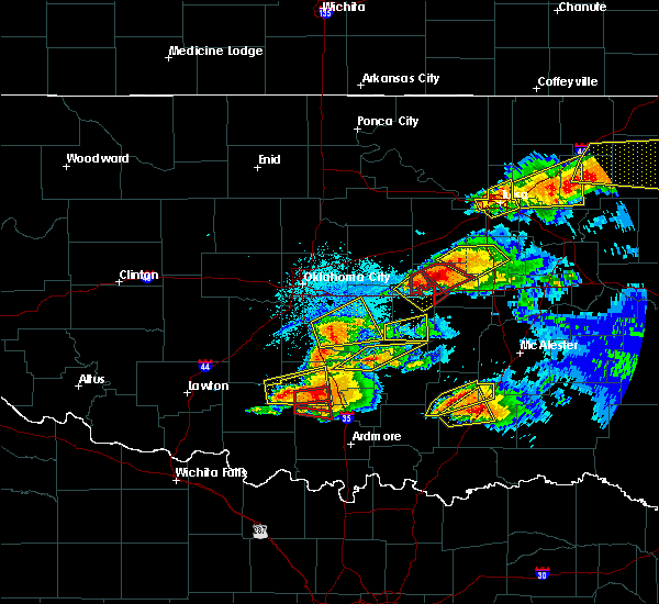 Radar Image for Severe Thunderstorms near Prague, OK at 5/27/2017 9:29 PM CDT