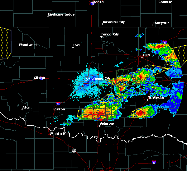 Radar Image for Severe Thunderstorms near Prague, OK at 5/27/2017 10:16 PM CDT