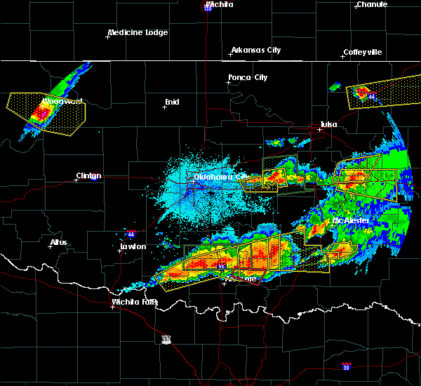 Radar Image for Severe Thunderstorms near Prague, OK at 5/27/2017 10:53 PM CDT