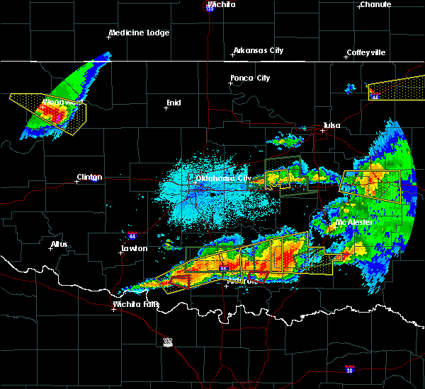 Radar Image for Severe Thunderstorms near Okemah, OK at 5/27/2017 11:10 PM CDT