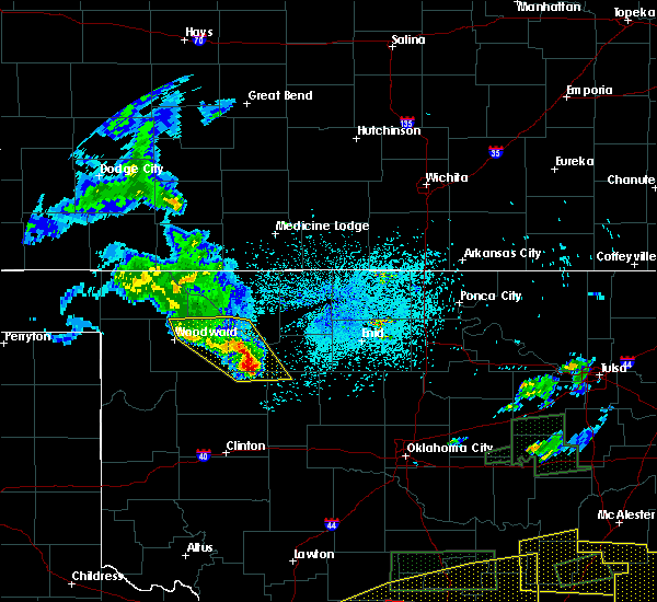 Radar Image for Severe Thunderstorms near Woodward, OK at 5/27/2017 11:36 PM CDT