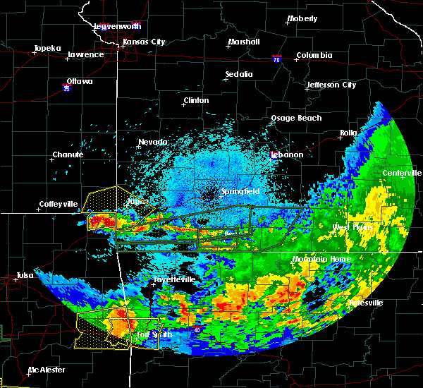 Radar Image for Severe Thunderstorms near Asbury, MO at 5/27/2017 11:52 PM CDT