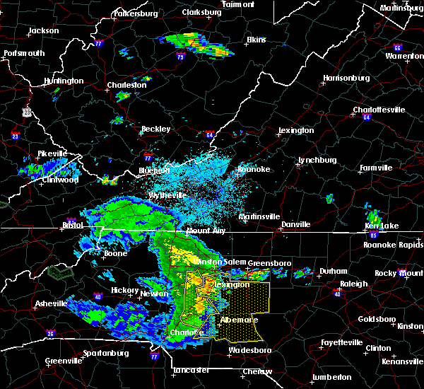 Radar Image for Severe Thunderstorms near Spencer, NC at 5/28/2017 3:00 AM EDT