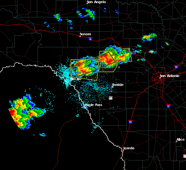 Radar Image for Severe Thunderstorms near Harper, TX at 5/28/2017 4:02 PM CDT