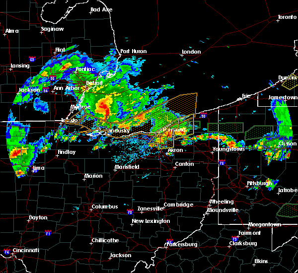 Radar Image for Severe Thunderstorms near Kirtland Hills, OH at 5/28/2017 6:23 PM EDT
