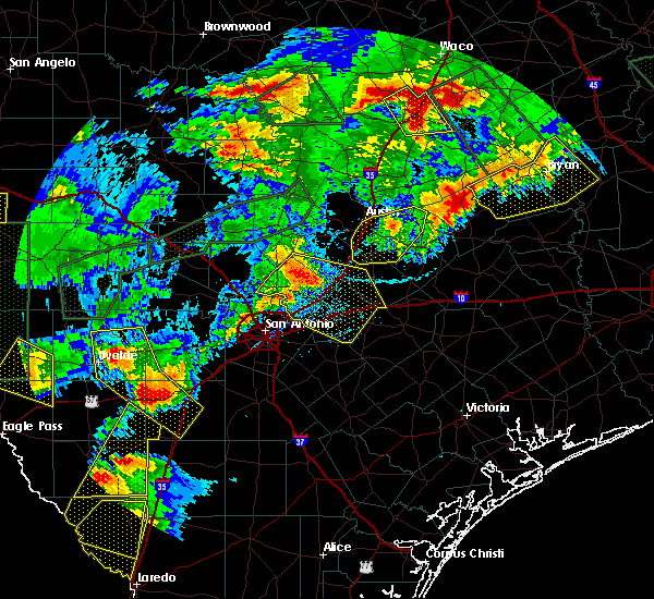 Radar Image for Severe Thunderstorms near Wimberley, TX at 5/28/2017 7:59 PM CDT