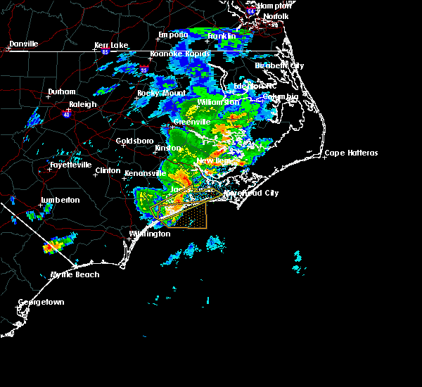 Radar Image for Severe Thunderstorms near Jacksonville, NC at 5/30/2017 1:38 AM EDT