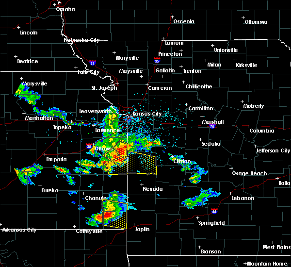 Radar Image for Severe Thunderstorms near Adrian, MO at 5/31/2017 2:09 PM CDT