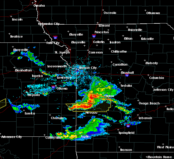 Radar Image for Severe Thunderstorms near Appleton City, MO at 5/31/2017 3:20 PM CDT