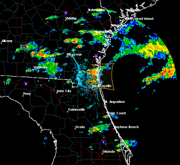 Radar Image for Severe Thunderstorms near Jacksonville, FL at 5/31/2017 4:24 PM EDT