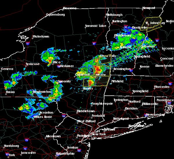 Radar Image for Severe Thunderstorms near Salem, NY at 5/31/2017 4:43 PM EDT